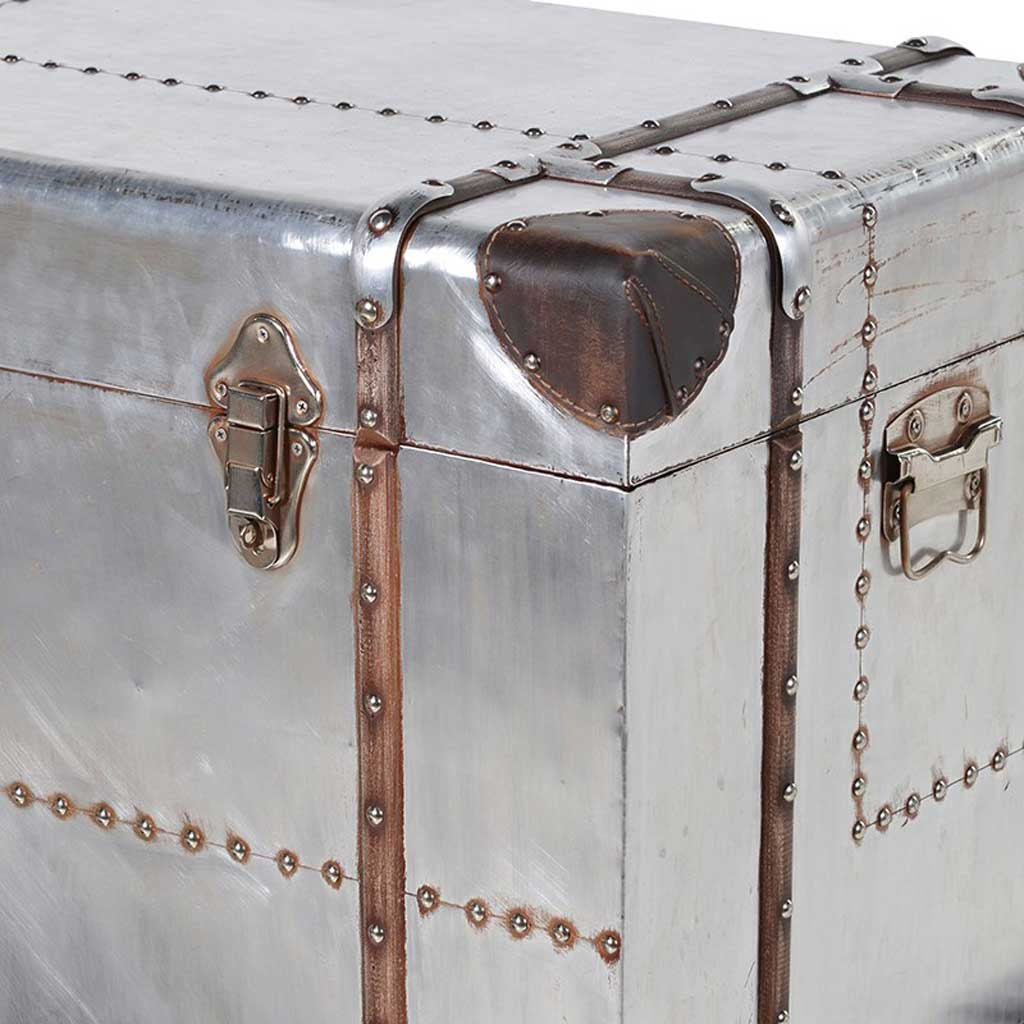 Silver trunk with straps